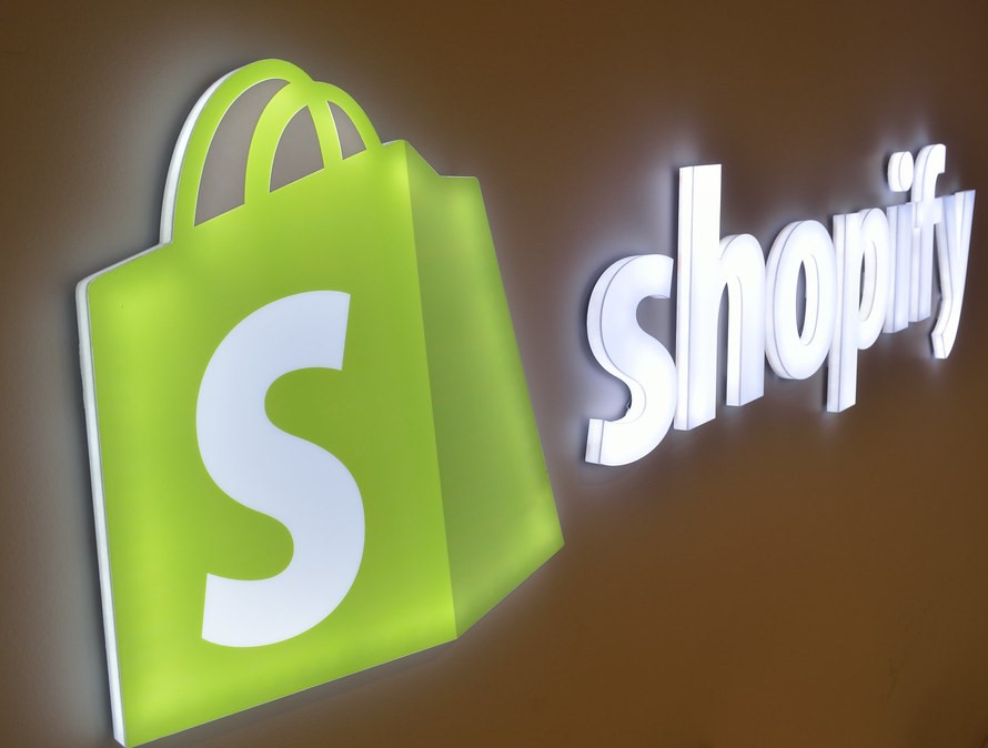 Should I Open More Than One Shopify Store? | AIA